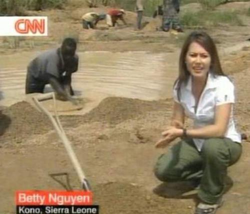 Cô gái gốc Việt chiếm lĩnh truyền hình trên đất Mỹ, ghi nhiều dấu ấn khiến ai cũng nể phục, nhất là niềm tự hào dân tộc dạt dào  - Ảnh 4.