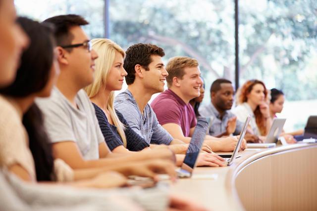 Học sinh sẽ cùng với giáo viên xây dựng nên chương trình học cho chính bản thân mình.