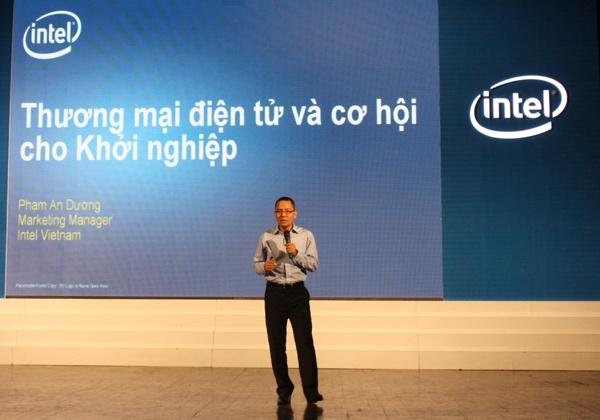 Ông Phạm An Dương trong một sự kiện của Intel - Ảnh: H.Đ