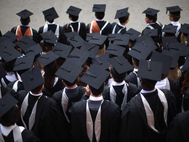 Image result for Học nghề và có tay nghề giỏi dễ kiếm được việc làm với mức thu nhập cao hơn cử nhân Đại học