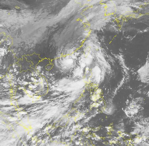 Cơn bão số 6 Aere chụp từ vệ tinh (Ảnh: TTKQTVQG)