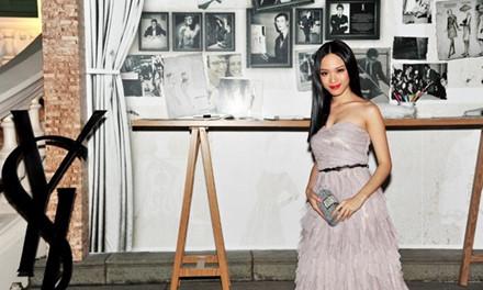 Sau 5 năm học tập tại Nga, người đẹp quyết định trở lại Việt Nam