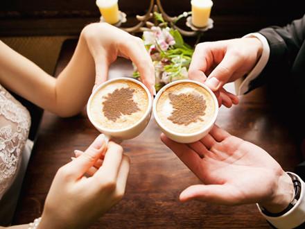  Sử dụng quá nhiều caffeine cũng có hại cho thận bởi caffeine là chất lợi tiểu và gây ra tình trạng mất nước.