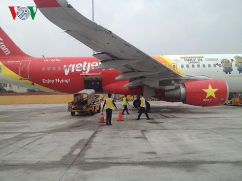 Bộ GTVT giữ nguyên, không nâng giá phí bay quốc tế - Ảnh 1.