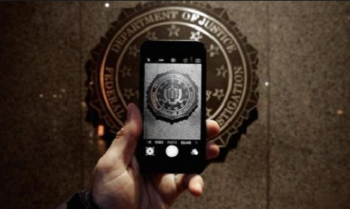Chiếc iPhone mà FBI muốn truy cập vào bên trong kho dữ liệu
