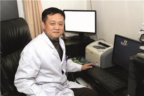 Tiến sĩ Hồ Hải Tường, trưởng khoa trị liệu, Bệnh viện Không quân Trung Quốc (Ảnh minh họa)