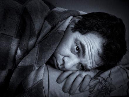 Thận cần một giấc ngủ ngon để phục hồi. Hay mất ngủ đến nửa đêm sẽ rất có hại cho thận.