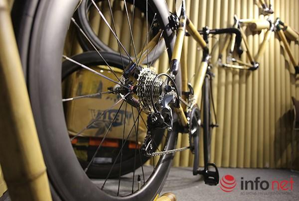 Được biết, xe đạp bằng tre bắt đầu được sản xuất tại Việt Nam cách đây gần 4 năm và được rất nhiều nước trên thế giới yêu thích. Đại diện hãng xe cho biết, có tới 95% sản phẩm được xuất khẩu ra thị trường nước ngoài.