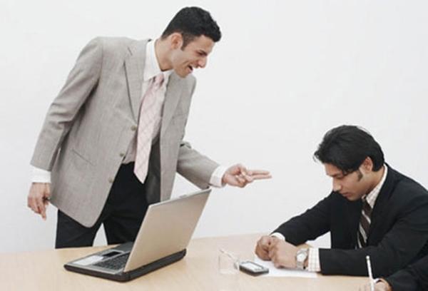 Dù đã được hứa trả lương 2.000 USD mỗi tháng nhưng người lao động cần nhớ kỹ 7 điều sau về công ty - Ảnh 2.
