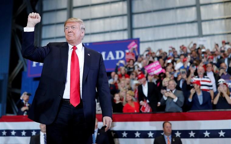 Tại sao cuộc bầu cử giữa nhiệm kỳ diễn ra vào ngày mai lại cực kỳ quan trọng với nước Mỹ?