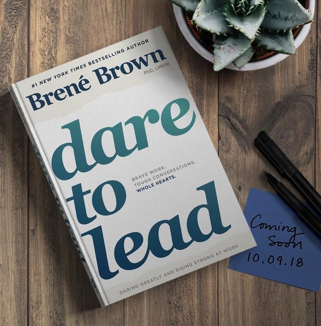 Muốn công việc có bước tiến vượt trội, đây là 8 cuốn sách bất kỳ ai đi làm cũng nên đọc - Ảnh 4.
