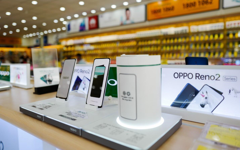 Reno2 và Reno2 F mở bán với sự đón nhận của người dùng và đánh giá cao từ giới công nghệ