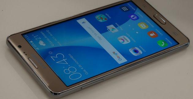 Màn hình Galaxy On7 kích thước 5,5 inch, độ phân giải HD.