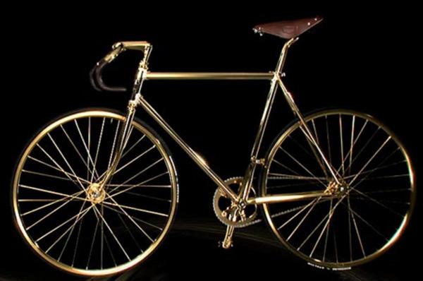 Chiếc xe đạp bằng vàng