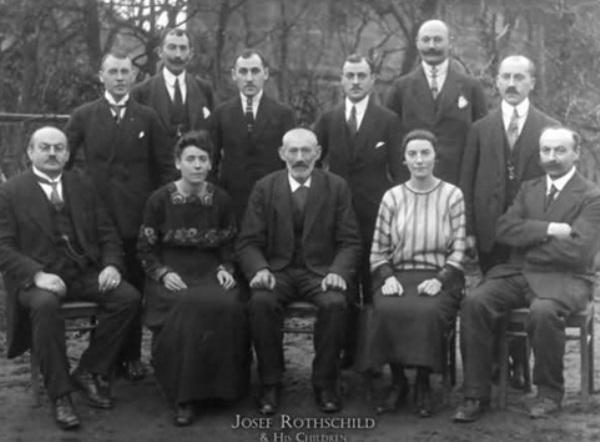 Rothschild – gia tộc kinh doanh giàu có nhất mọi thời đại.