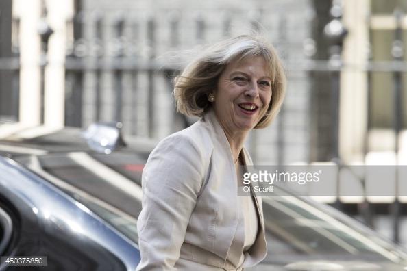 Dù có vẻ ngoài nữ tính, bà Theresa May được nhìn nhận là một cá tính đặc biệt trong chính trường Anh quốc.