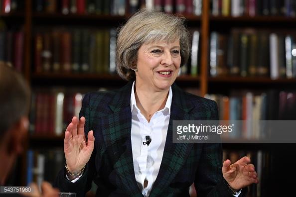 Khi còn ở cương vị Bộ trưởng Nội vụ Anh, bà Theresa May đã có nhiều quyết sách cứng rắn.