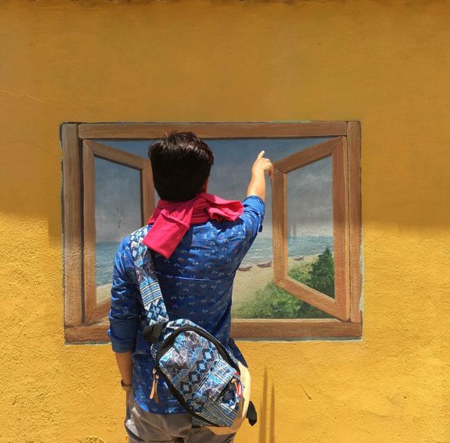 Những ô cửa sổ ở đây vô cùng nghệ thuật, không khác gì khung cảnh ở nước ngoài. (3 halcyon.miu)