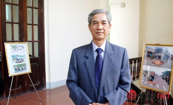 Ông Bùi Danh Liên, Chủ tịch Hiệp hội vận tải Hà Nội trao đổi với phóng viên Infonet. (Ảnh: Xuân Tùng)