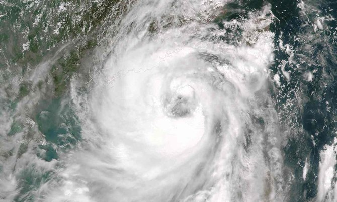 Cơn bão Nida đã gây ra sự cố đứt cáp AAG ảnh hưởng đến việc truy cập internet tại Việt Nam (Ảnh minh họa)