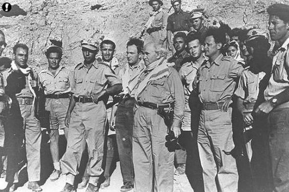 Ông Ben Gurion cùng các tướng tĩnh trong cuộc chiến năm 1948