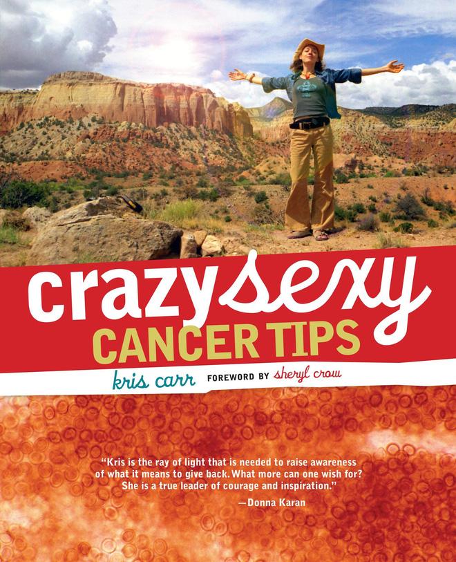 Cuốn sách hướng dẫn chế độ dinh dưỡng giàu kiềm dành cho bệnh nhân ung thư của Kris Carr.