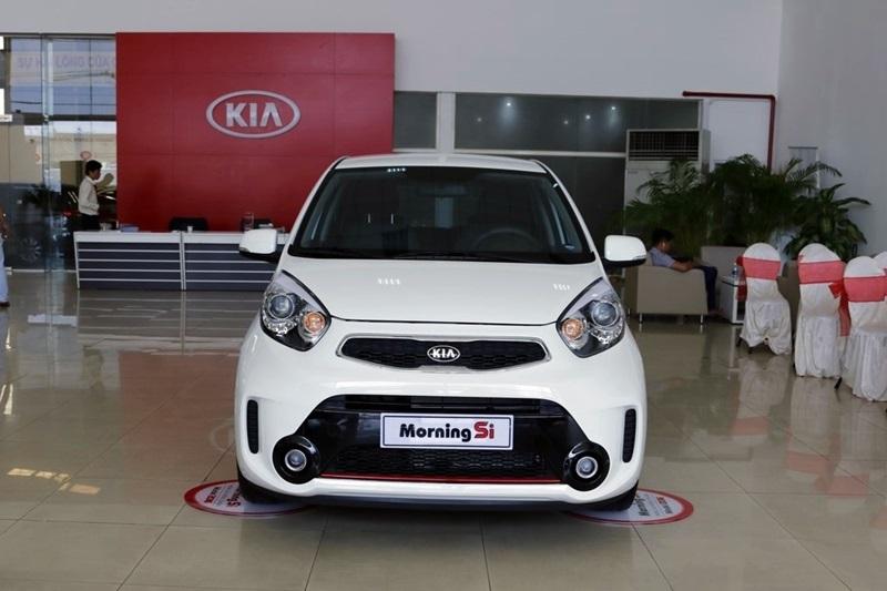 Với 400 triệu đồng, người Việt chỉ có thể mua được các phiên bản thấp nhất của Kia Morning.