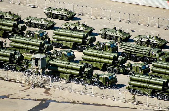 Những vũ khí hiện đại này có thể trở nên vô dụng nếu hệ thống radar bị tấn công mạng.