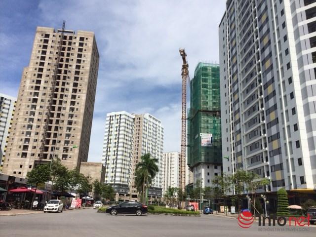 Khu Tây Nam Linh Đàm cũng góp phần tăng lượng chung cư cho khu vực khi có tới 9 tòa chung cư là nhà ở xã hội, cùng nhiều tòa chung cư thương mại khác. Ảnh: Minh Thư