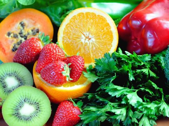 Nguồn vitamin C an toàn và lành mạnh chủ yếu được cung cấp từ các loại rau, củ, quả.