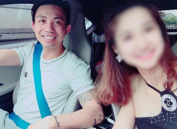 Đại gia Sài Gòn trong một lần đi chơi cùng hotgirl P.A. Nguồn: facebook