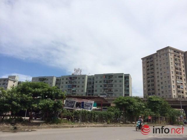 Khu Bắc Linh Đàm cũng có vài trăm căn hộ chung cư. Ảnh: Minh Thư