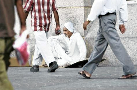 Sự thực là rất hiếm có ăn xin ở Dubai, đừng nói đến chuyện sang đây ngửa tay kiếm tiền tỷ dễ dàng!