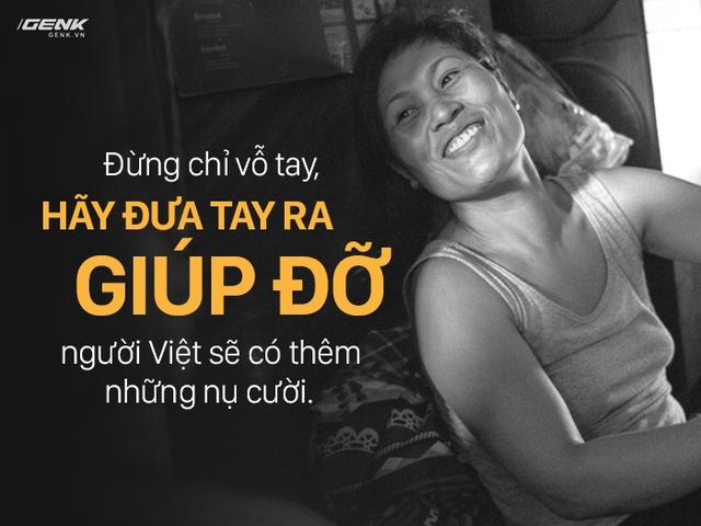 Dù sống trong điều kiện không tốt nhưng trên gương mặt những người dân xóm điện gió luôn có 1 nụ cười.