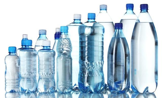 Để nhận biết chai, hộp, lọ nhựa có chứa BPA hay không, bạn có thể tham khảo thông tin ở đây.