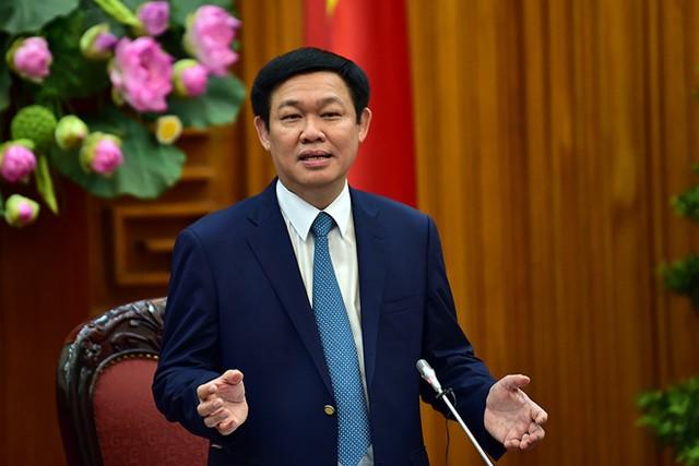 Hình ảnh Phó Thủ tướng Vương Đình Huệ tại buổi gặp mặt các doanh nhân trẻ thành đạt