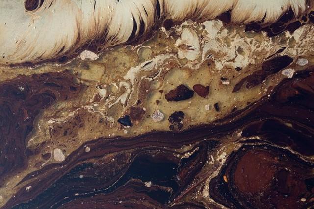 Dầu tràn ở vùng đảo Deepwater Horizon, 2 tháng sau khi người ta bắt đầu khoan dầu ở khu vực này. (nguồn: Techinsider)