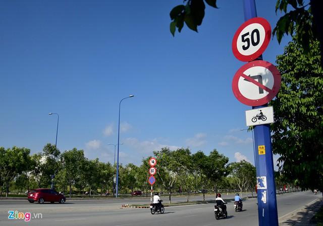 Hàng loạt biển báo giao thông bất hợp lý ở Sài Gòn 33