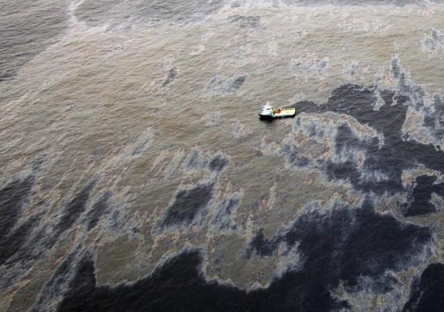 Tràn dầu ngoài biển Campos Basin ở Rio de Janeiro state, Brazil. (Nguồn: Techinsider)