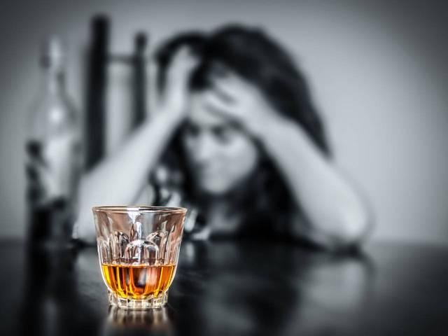 Cuộc rà soát của bà cho thấy rượu bia có liên quan đến các loại ung thư miệng và cổ họng, thanh quản, thực quản, gan, ruột kết, trực tràng và ung thư vú.