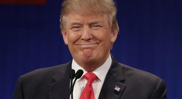 Donald Trump thú nhận: Tôi vừa mới google để tra xem Obamacare và Mexico thực sự là gì?