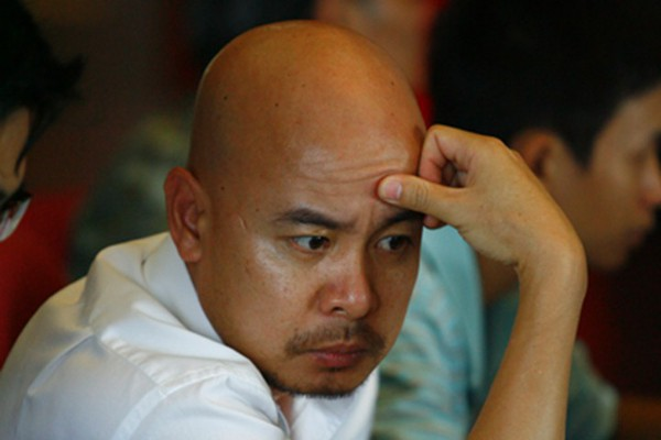 Chủ tịch Đặng Lê Nguyên Vũ đã bị tước quyền điều hành Trung Nguyên hòa tan