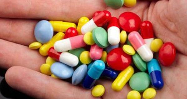 Việt Nam có tỷ lệ kháng thuốc kháng sinh cao nhất thế giới vì 'bác sĩ Google'