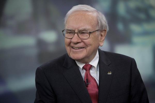 Chỉ trích Donald Trump nhưng Warren Buffett vừa lấy lại ngôi giàu thứ 2 thế giới nhờ Trump