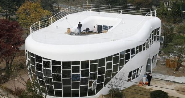 16 căn nhà có thiết kế kì cục nhất thế giới