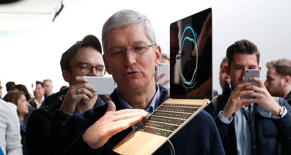 Nhân viên Apple hỏi: 'Chúng ta có làm máy tính Mac để bàn nữa không', CEO Tim Cook đã trả lời như sau, nhưng thiếu một từ cực kì quan trọng