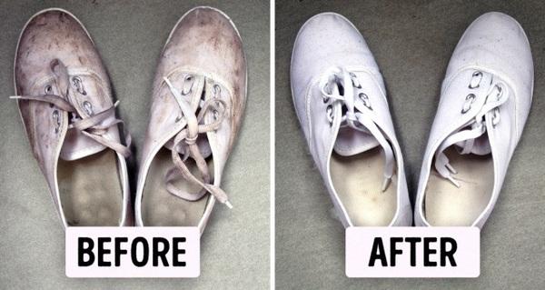 Giày trắng như mới với hỗn hợp sau