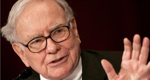 """Phía sau """"vụ cá cược"""" 18 tỉ đô vào Apple của Buffett"""