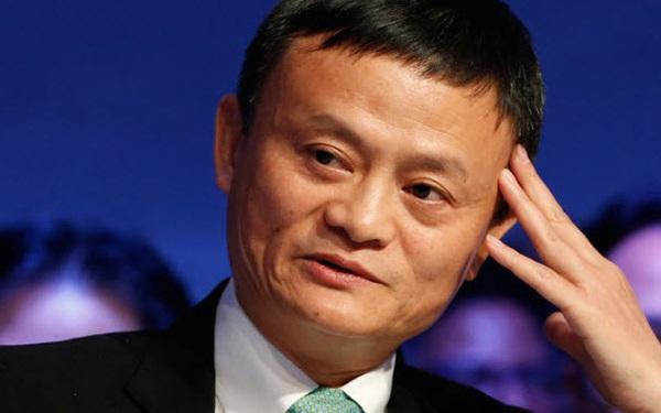 Chủ tịch một công ty chuyên đạo nhái vừa soán ngôi Jack Ma trở thành người giàu nhất châu Á
