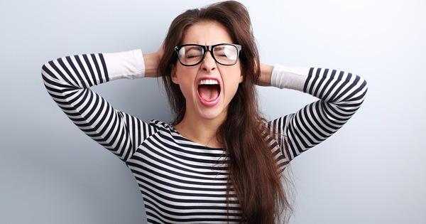 """5 thói quen người trẻ cần bỏ ngay để chứng """"não cá vàng"""" không gây hại nghiêm trọng đến sức khỏe"""